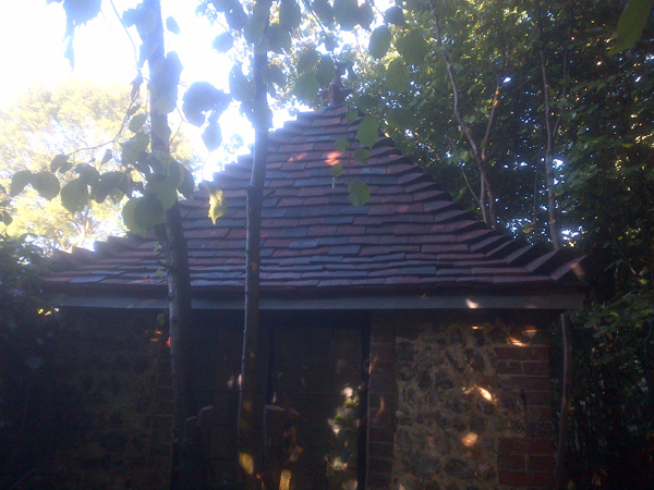 An outbuilding that we believe is an old apple shed in Ditchling was re roofed